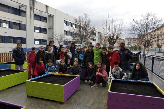 Jardineras para la huerta urbana del CP Cardenal Ilundáin