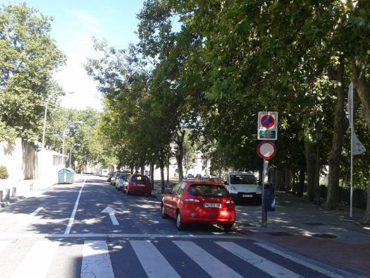 Un aparcamiento de residentes en otra zona de Pamplona