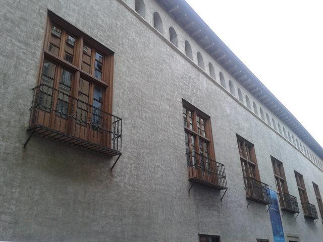 Fachada del Palacio del Condestable
