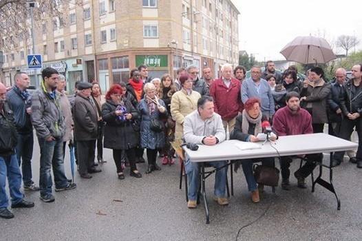 Pamplona abre una oficina para atender a los afectados por for Oficinas bankinter pamplona