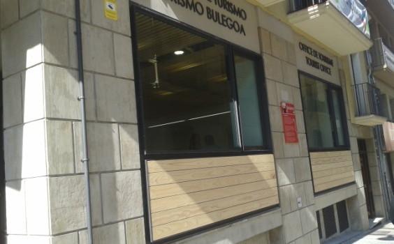 Oficina de turismo de pamplona 564x350 for Oficina turismo cadiz
