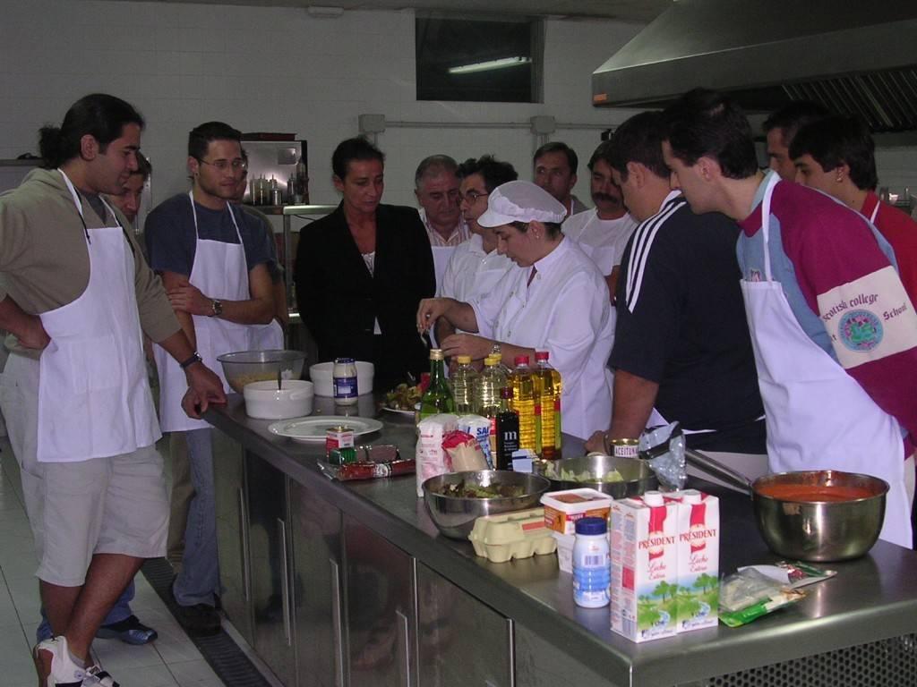 Comienzan las inscripciones para los talleres de intercambio de tareas del ayuntamiento de pamplona - Cursos de cocina en pamplona ...