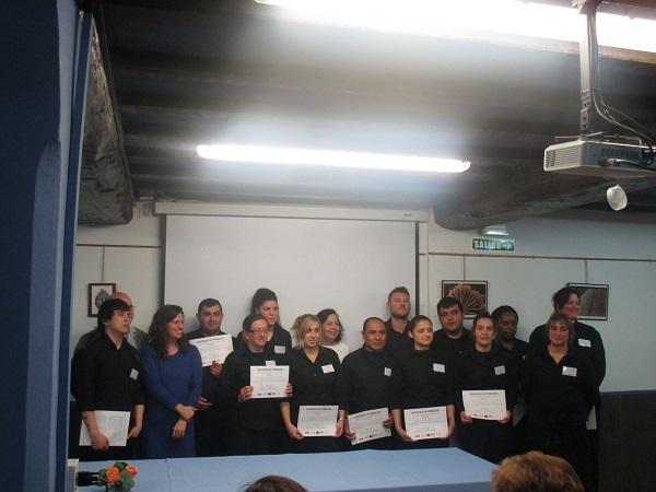 31 desempleados finalizan su formaci n en dos escuelas taller de cocina y calderer a industrial - Cursos de cocina en pamplona ...