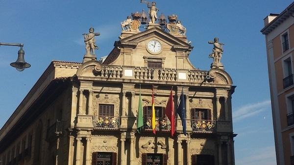 banderas ayuntamiento
