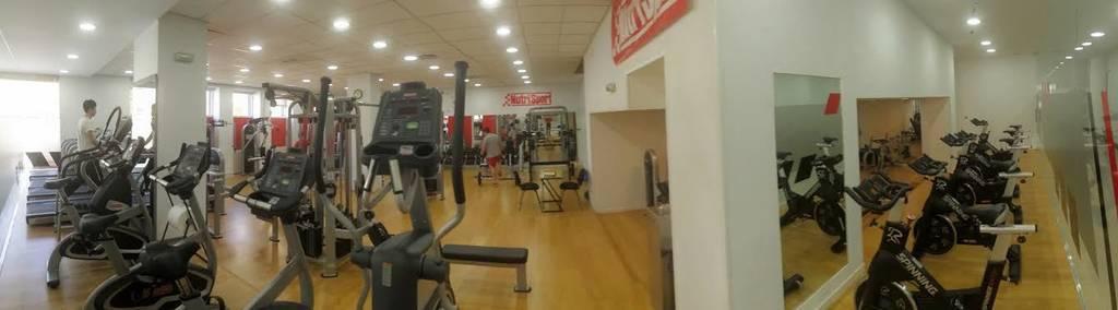 Sparta sport center contar con las mejores instalaciones for Gimnasio sparta