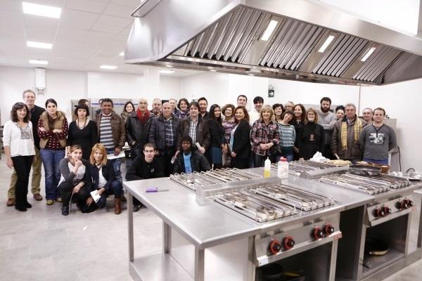 El ayuntamiento de pamplona formar en 2015 a 57 personas desempleadas - Cursos de cocina en pamplona ...