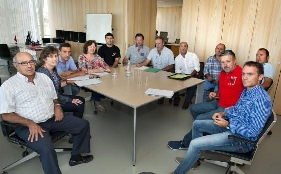 Foto: Archivo. Una reunión de la consejera con sindicatos agrarios