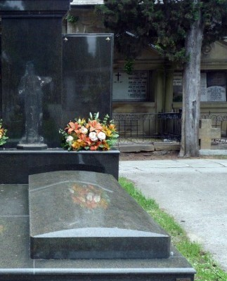 16.05.13_robo cementerio_2