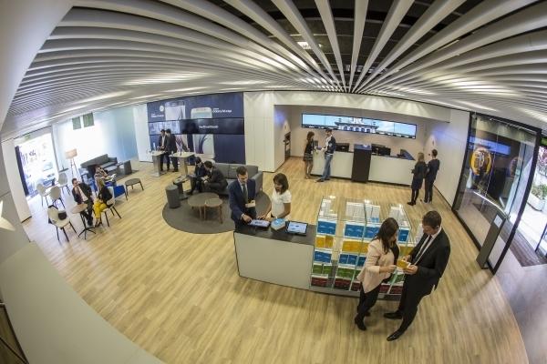 Caixabank ha sido galardonada con el premio dec al mejor for La caixa oficinas zaragoza