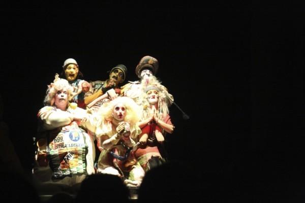 Mirari Echávarri, Maddi Barber, Jon Mikeo, Nymphs y Cobardes