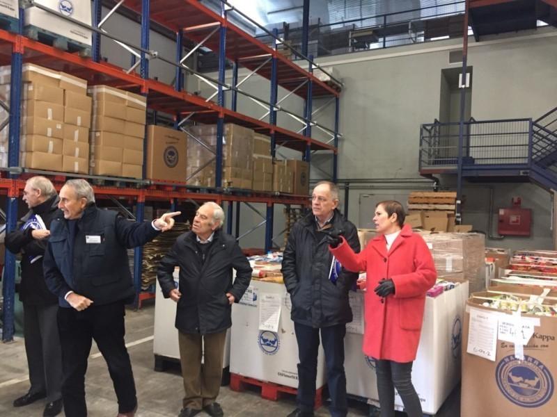 Barkos visita las instalaciones del banco de alimentos de navarra - Banco de alimentos de navarra ...
