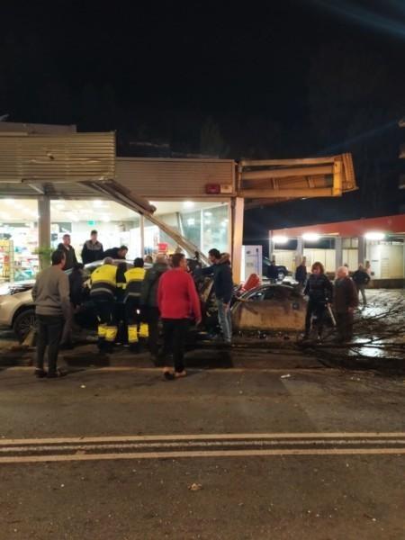 Tragedia en Nafarroa: una menor fallecida y cuatro heridos en un accidente múltiple ocurrido en el casco urbano de Lizarra,