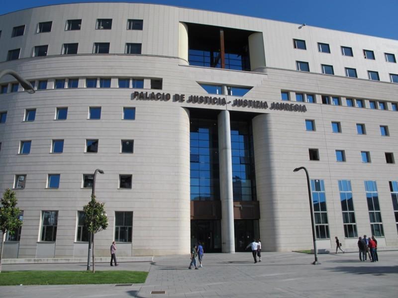 Los juzgados navarros conceden el complemento de paternidad a pesar de la reforma de la Ley de Seguridad Social de febrero de 2021